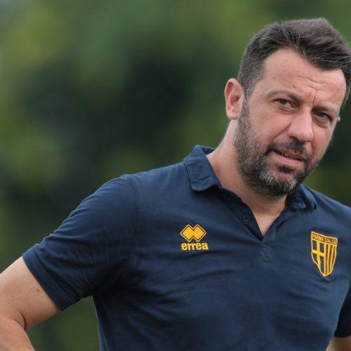 """Parma, D'Aversa: """"Il virus stabilizza le panchine, pensiamo se e quando riprendere"""""""