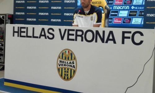 """Verona, Grosso: """"Momento di difficoltà, credo nel lavoro. Vincere per riportare la gente dalla nostra parte, Palermo di valore"""""""