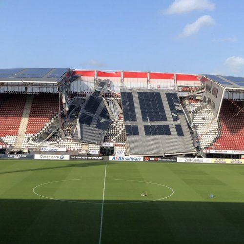 Crollo tetto stadio AZ Alkmaar: nessun ferito