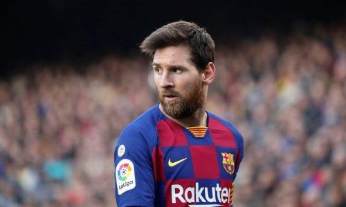 Messi e i giocatori del Barcelona si taglieranno lo stipendio