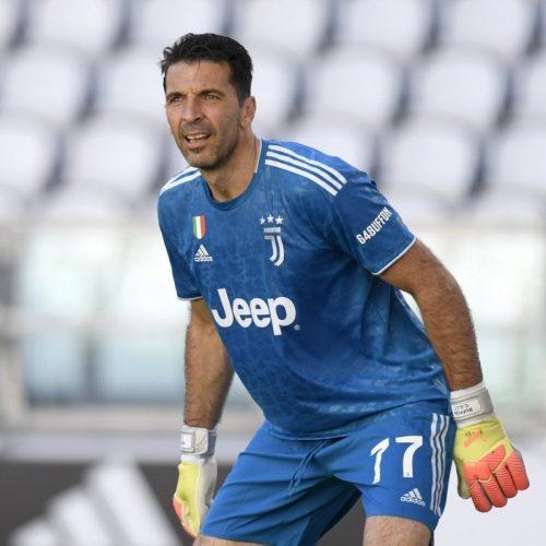 """Juve Buffon pensa al ritiro: """"giocherò al massimo fino al 2023"""""""