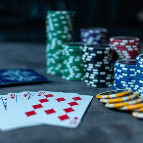 Poker, anche ai calciatori piace: gli assi tra pallone e carte